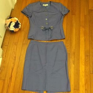 NWOT Tahari 2pc suit- skirt and top